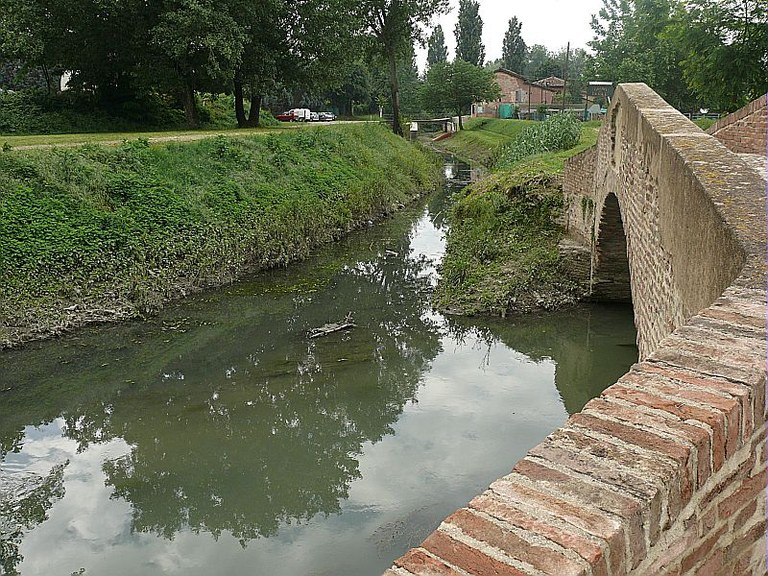 Fiume Navile, Ponte della bionda