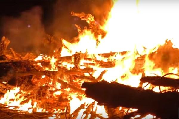 Fuoco - Immagine tratta dal video Lumen, Festival di Santarcangelo 2016