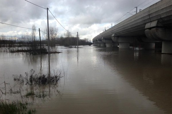 Maltempo Emilia febbraio 2016, fiume in piena - 1