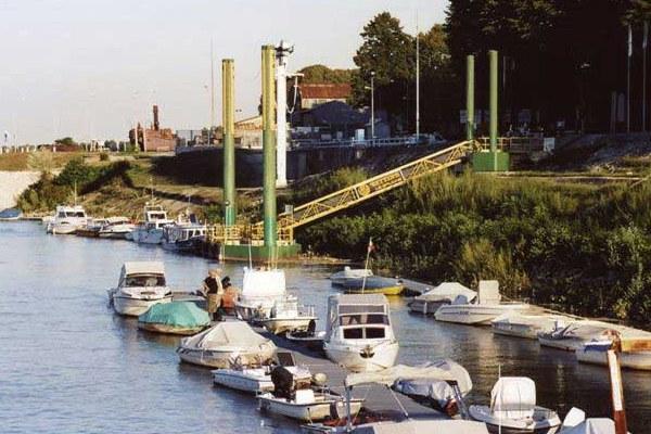 Porto di Boretto
