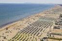 Spiagge, ombrelloni, turismo