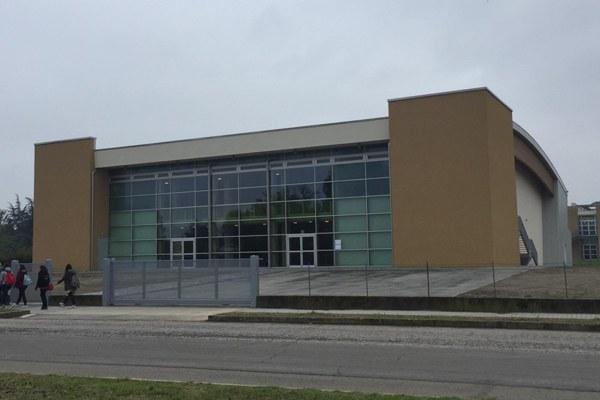 Palestra scuole medie Montanari Mirandola (Mo)
