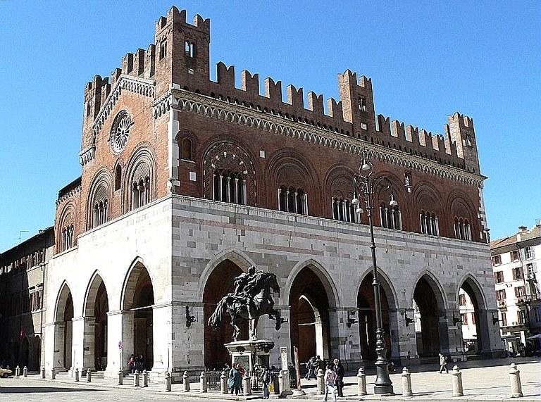 Piacenza monumento