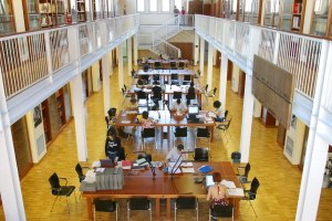 Biblioteca Renzo Renzi, Cineteca Bologna