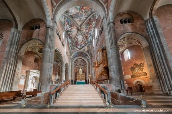 Cattedrale Piacenza_ interno
