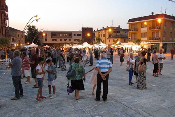 Sisma - Piazza Cavezzo, tramonto