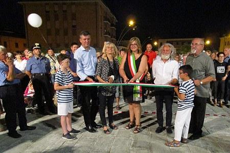 Sisma - Taglio del nastro piazza Cavezzo