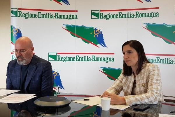 Bonaccini e Schlein in conferenza stampa su sostegno agli affitti