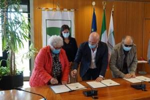 Firma del protocollo. Bologna 30 settembre 2020
