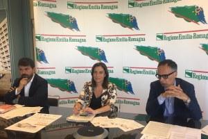 Assessori Alessio Mammi Andrea Corsini  sindaca Forlimpopoli Milena Garavini festa artusiana.jpg