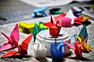 Gru della Pace, origami