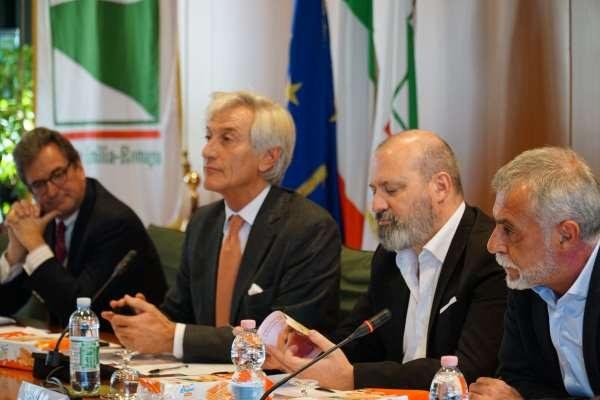 Bonaccini - Accordo Ferrero e Pesca Igp