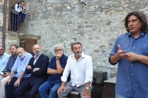 """Bonaccini riceve il riconoscimento """"Amico della montagna"""" a Cerignale (Pc) agosto '19"""