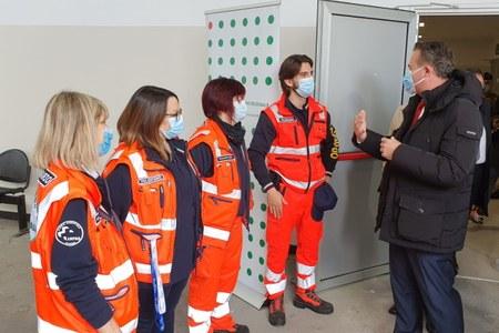 Donini visita Centro vaccinale Modena 29 aprile 2