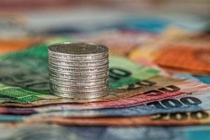 Soldi banca versamento euro bonifico