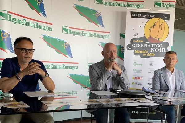 Cesenatico Noir Stefano Bonaccini, Andrea Corsini, Marco Pasi (luglio 2020)