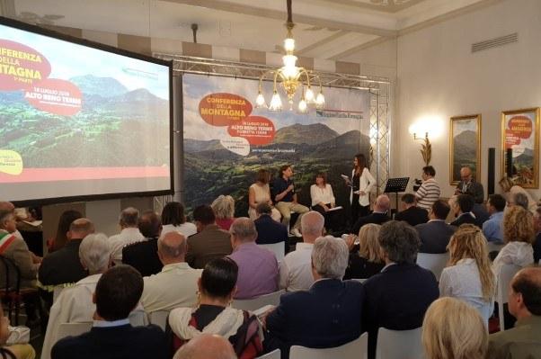 Conferenza montagna, Porretta (18-7-19) -2