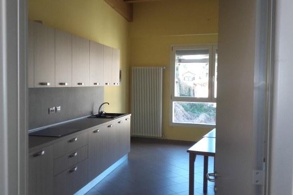 """Cucina dei mini-appartamenti per disabili per il """"Dopo di noi"""""""