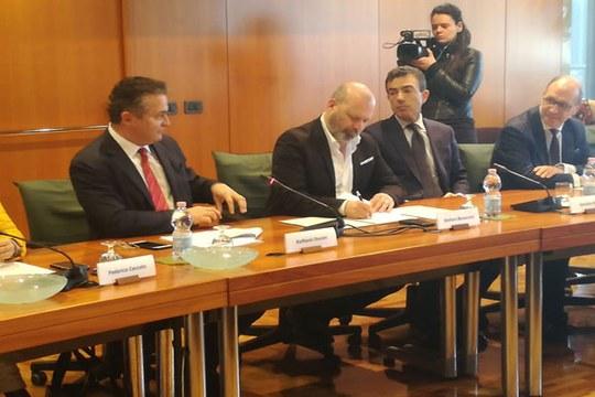 Bonaccini e Donini a firma accordo intermodalità
