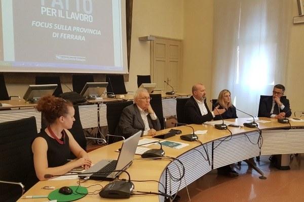 27-04-2018 Ferrara Patto per il Lavoro Bonaccini