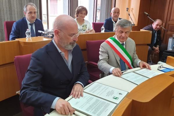 """Terme di Porretta, Regione e Comune Alto Reno Terme, protocollo per il recupero del """"Grottino Chini"""" (18-07-19)"""