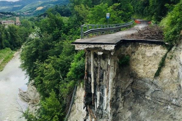 sopralluogo  Priolo Val di Setta 16 giugno frana Gardelletta