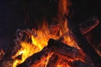 Fuoco fiamma braci caminetto