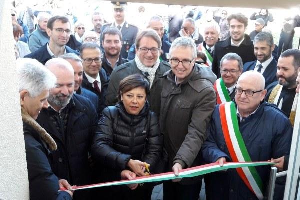 Inaugurazione Cittadella solidarietà Montegallo Bonaccini Gazzolo 5 novembre 2017