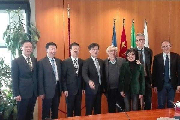 Incontro assessore Bianchi delegazione cinese Zhejiang 14 novembre 2017