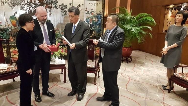 Missione Cina 20 novembre 2017 incontro governatore bis