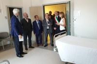 Bonaccini inaugurazione nuova ortopedia Arcispedale Reggio Emilia 5 luglio 2019 - visita stanza