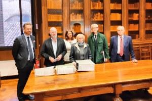 La consegna all'archivio di stato dei fascicoli dell'Uno Bianca per la digitalizzazione con Bonaccini Lepore Zecchi Bolognesi 13 ottobre 2021