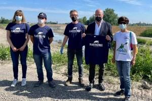 Bonaccini partecipa a Un Po prima del mare Plastic Free onlus (maggio 2021) -2