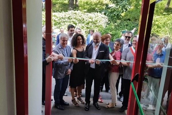 Inaugurazione Palazzetto sport Palagano Bonaccini 17 giugno 2018 taglio nastro