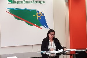 """Assessora Lori presenta Rapporto  su """"Pandemia e lavoro femminile"""" 10 marzo 2021"""