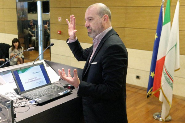 Rapporto economia regionale 2015 - 1