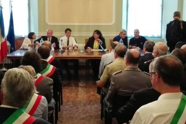 Renzi a Piacenza dopo l'alluvione (17 settembre 2015)