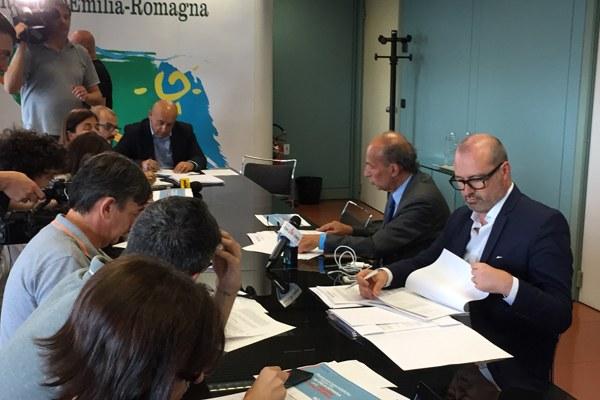 Riduzione liste attesa, presidente Bonaccini e assessore Venturi (5)