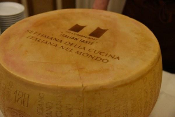 Settimana della cucina_Forma Parmigiano Reggiano