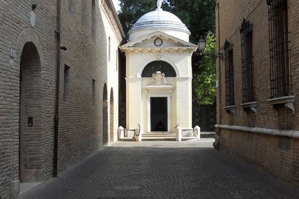 Tomba Dante Alighieri a Ravenna
