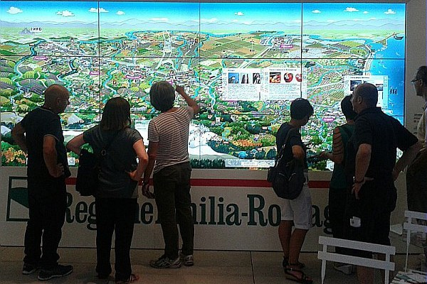 Touch wall Expo