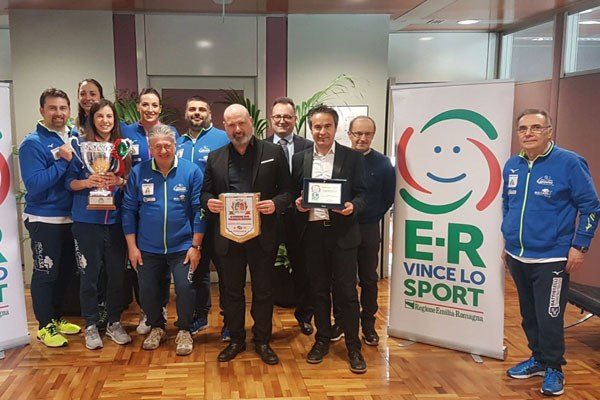 Bonaccini premia la Battistelli Volley
