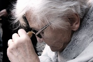 Anziano anziani demenza Alzheimer