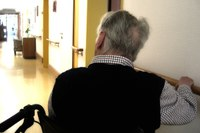 Casa di riposo - uomo anziano