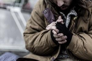 Povertà, senza tetto, persona povera, povero