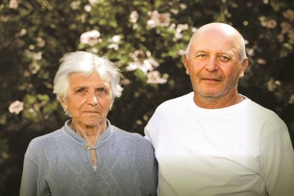 Povertà- Coppia di anziani