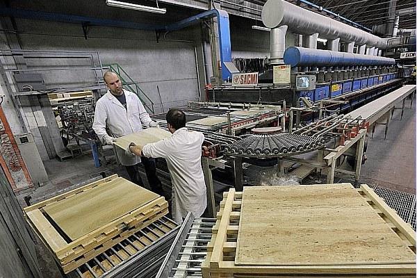 Azienda, produzione ceramica 2