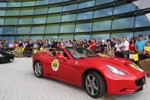 Ferrari auto