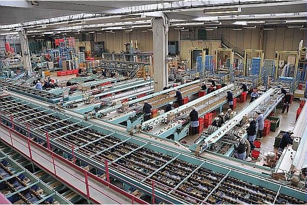 Impresa cooperativa Agrintesa Faenza, cooperazione, operai