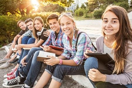 Giovani, ragazzi, adolescenti
